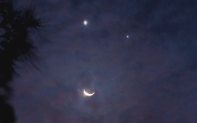 Venus_Moon_Jupiter_conjunction